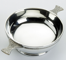 "Traditional Pewter Celtic Design Quaich (6"" bowl)"