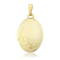 9ct Gold Oval Shape Locket Pendant Necklace