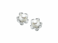 9ct White Gold Pearl Flower Design Stud Earrings